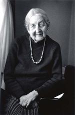 Dr Miriam Hyde (1913 - 2005)