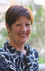 Associate Professor Dr Helen Winefield