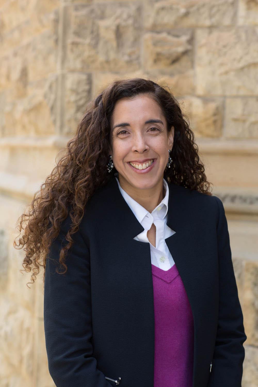 Dr Alexandra Peralta