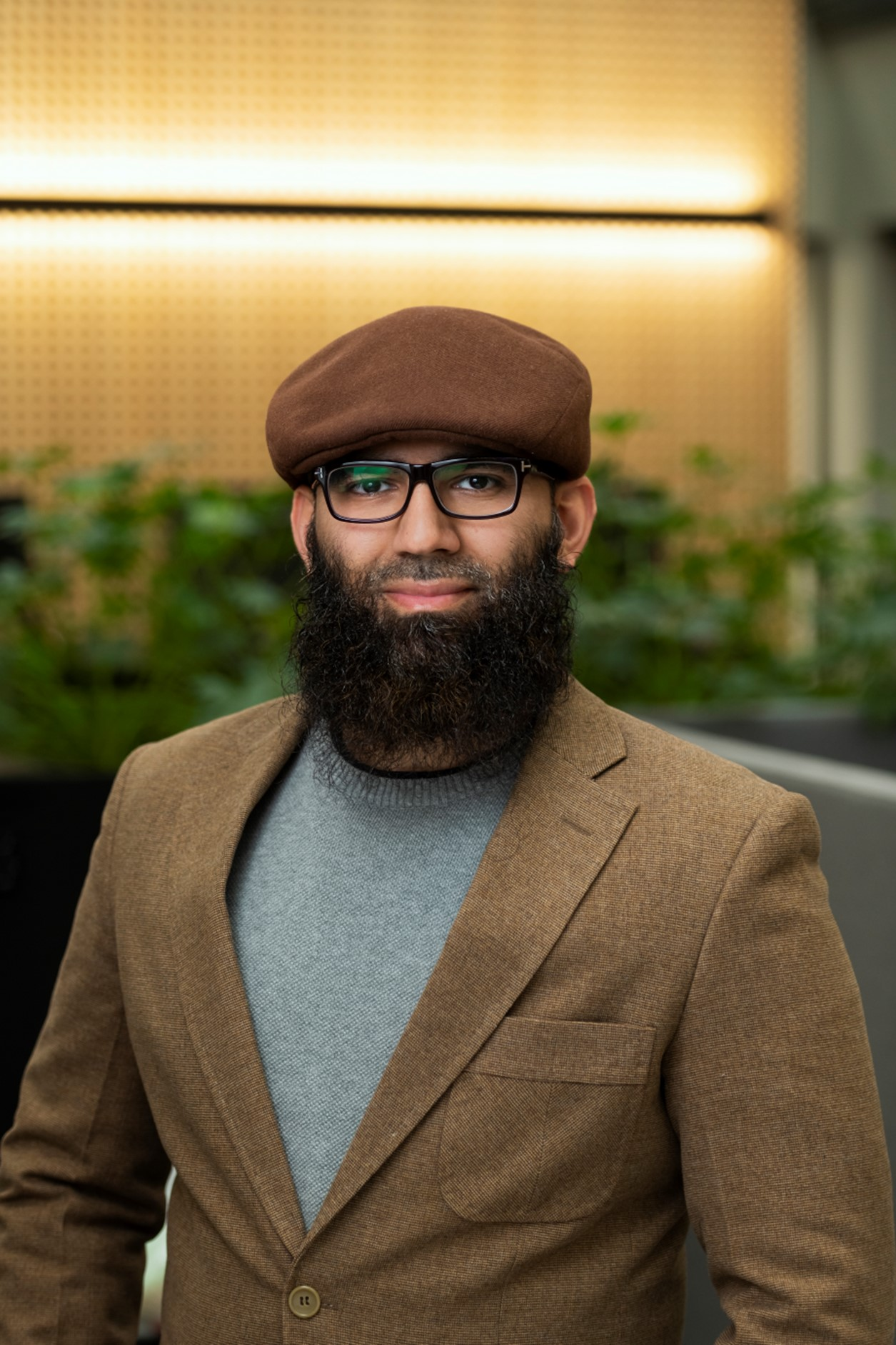 Dr Athar Qureshi