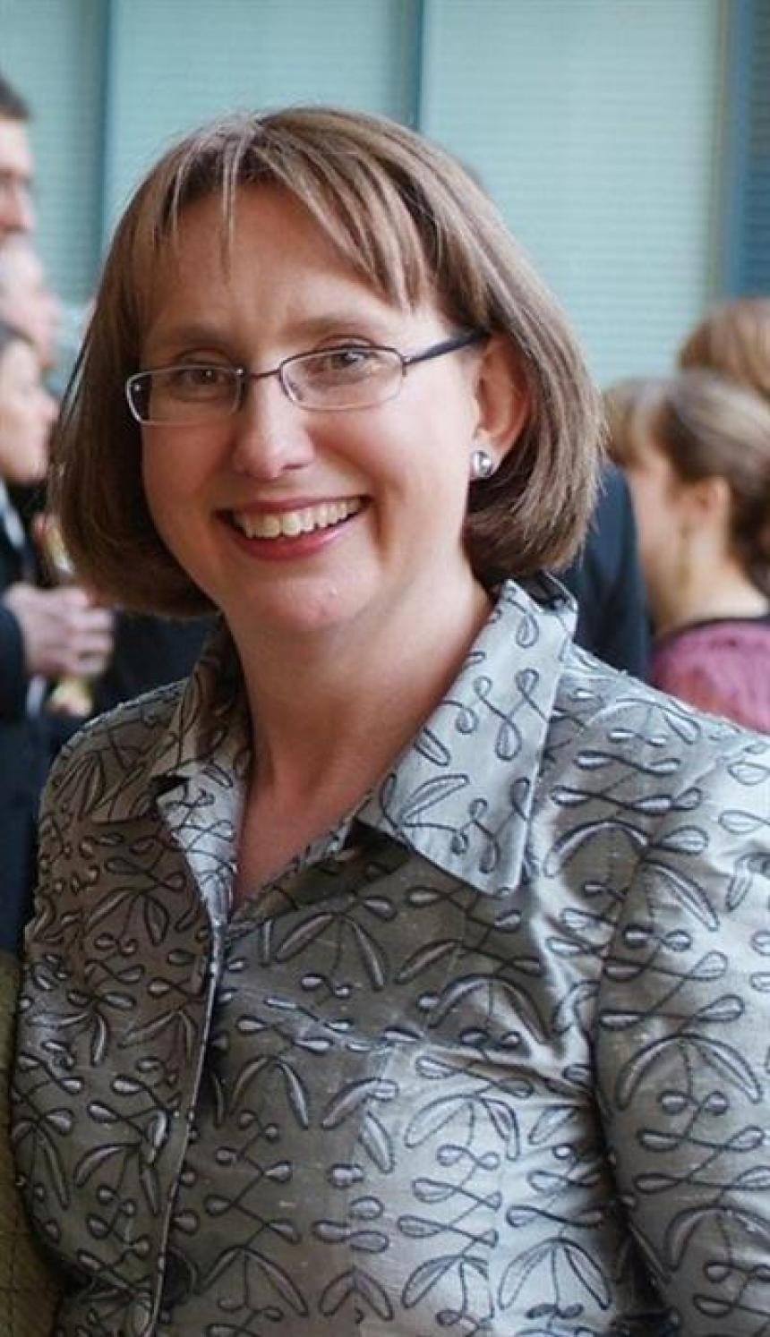 Associate Professor Caroline Laurence