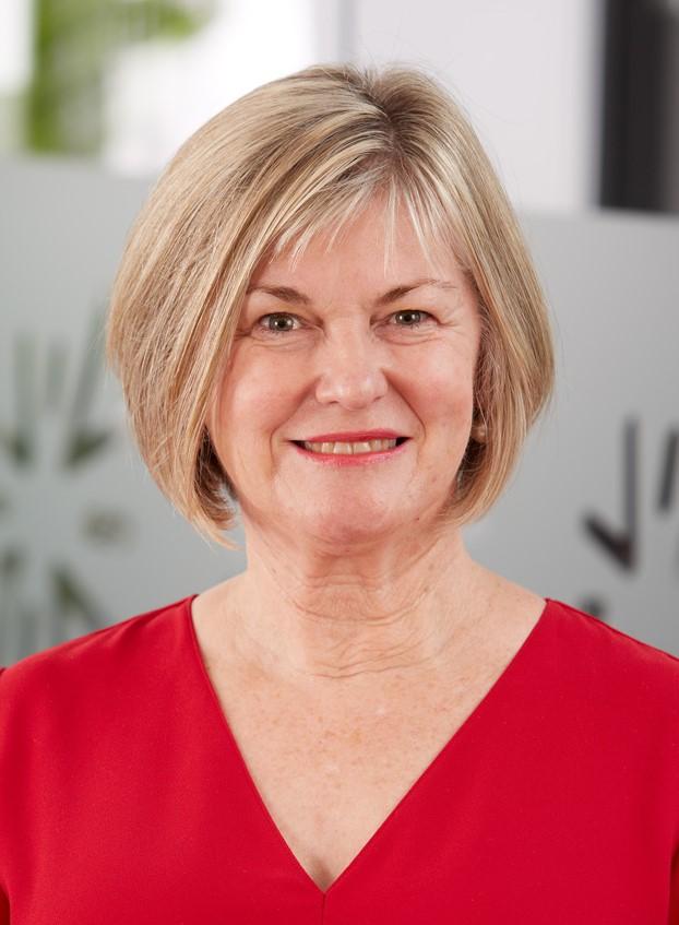 Associate Professor Catherine Snelling