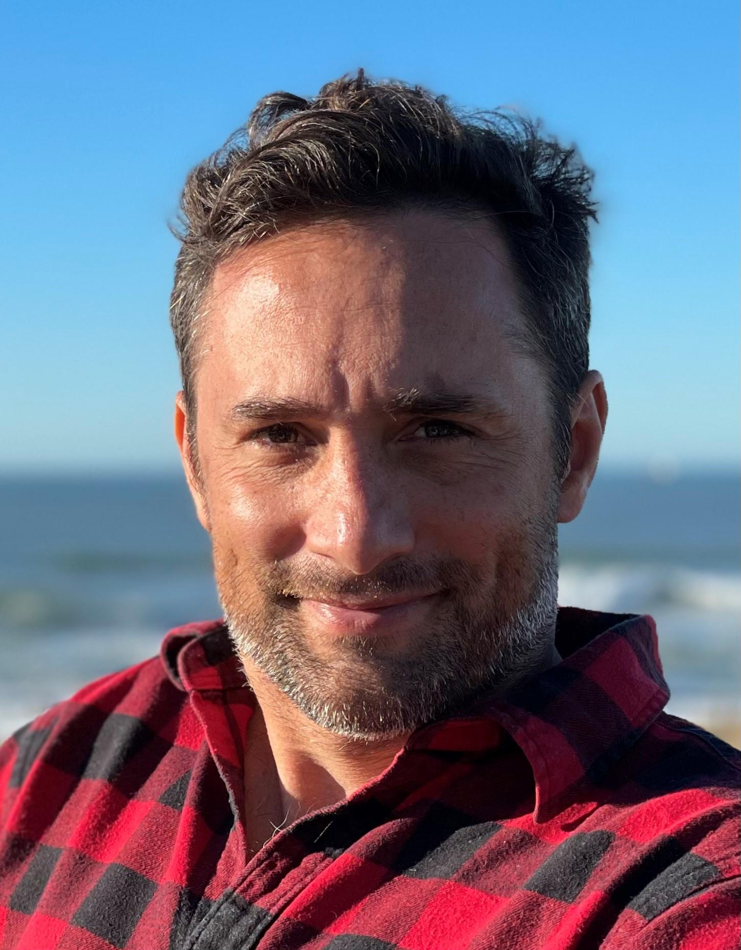 Dr Charles Caraguel
