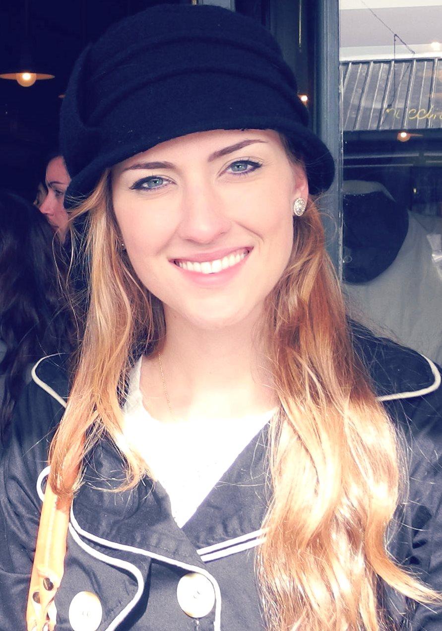 Miss Dandara Haag