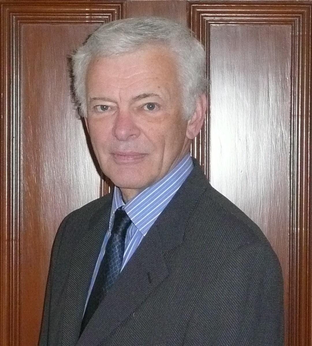 Dr Chris Smith