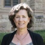Dr Gillian Laven
