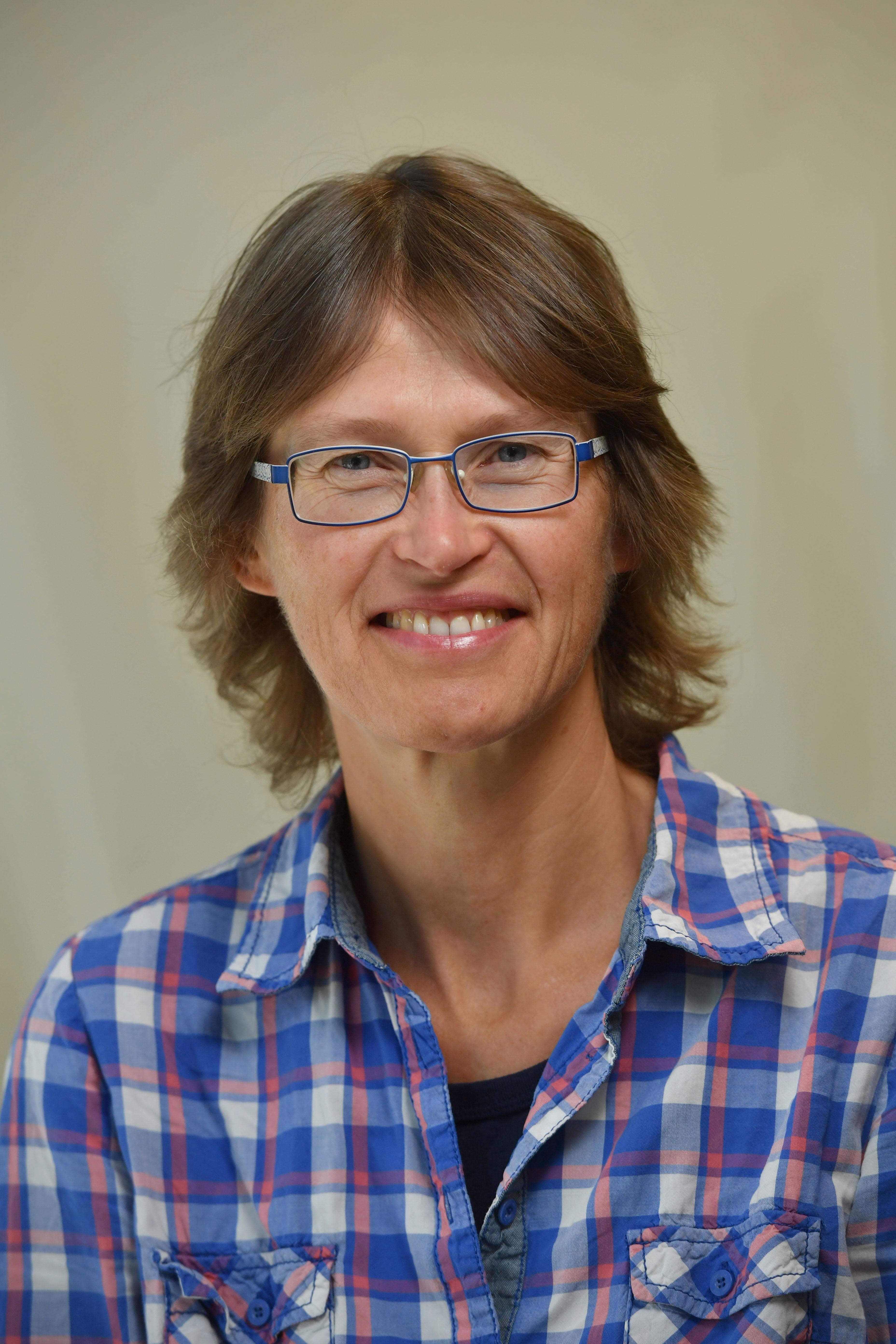 Professor Heike Ebendorff-Heidepriem
