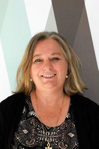 Dr Helen Barrie