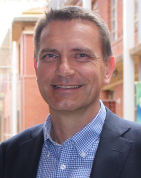 Professor Holger Maier