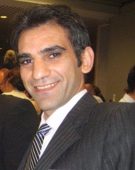 Dr Hossein Derakhshan