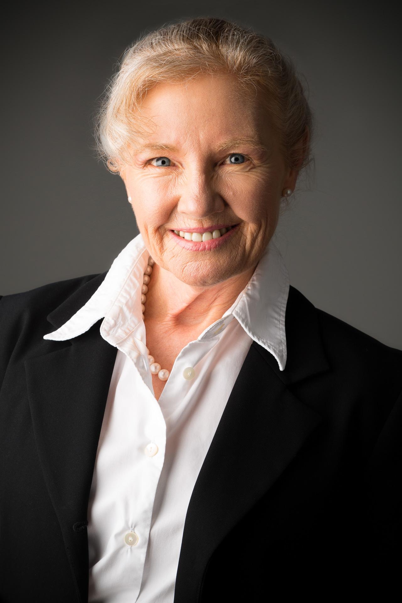 Dr Kathryn Powell