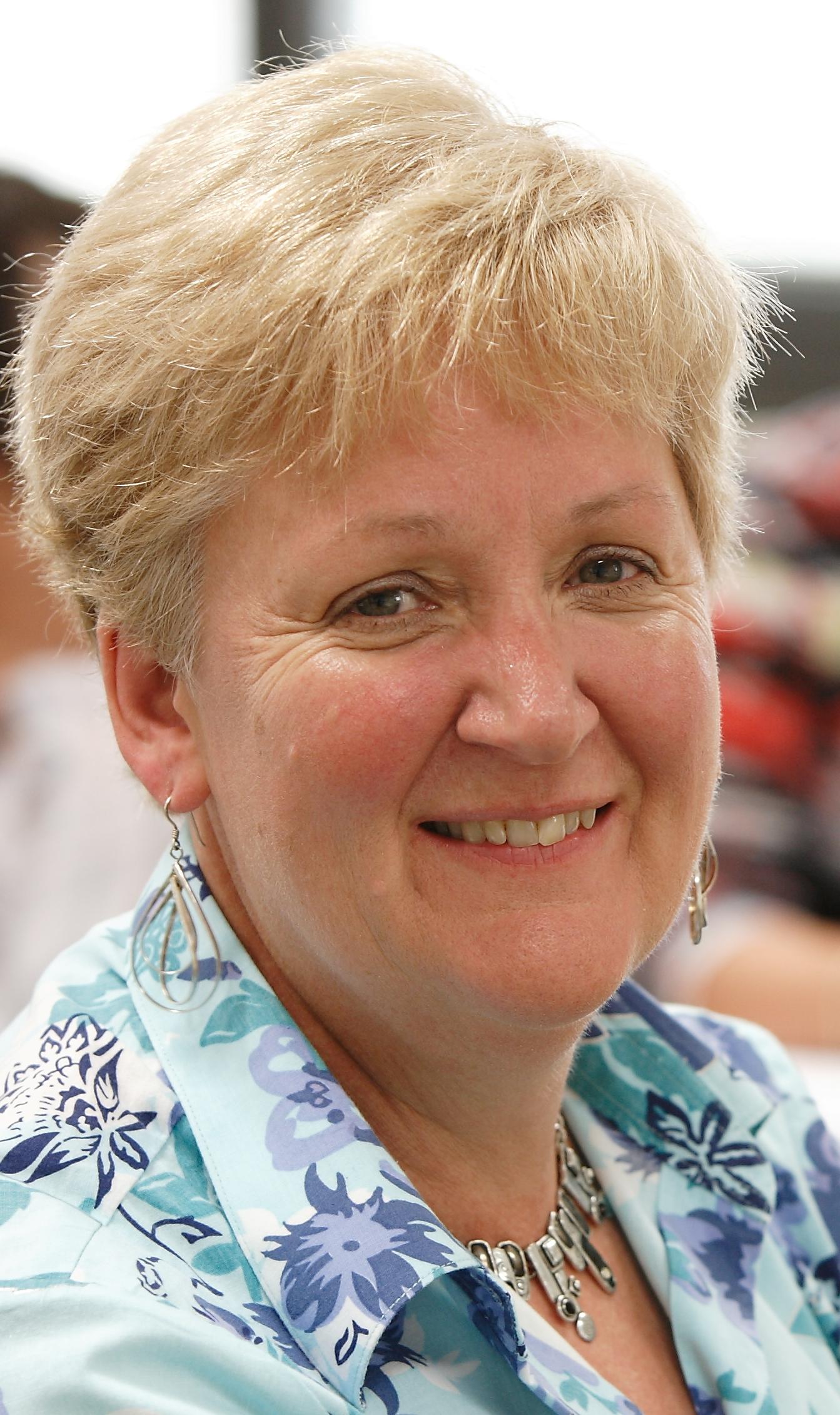 Lois Whittall