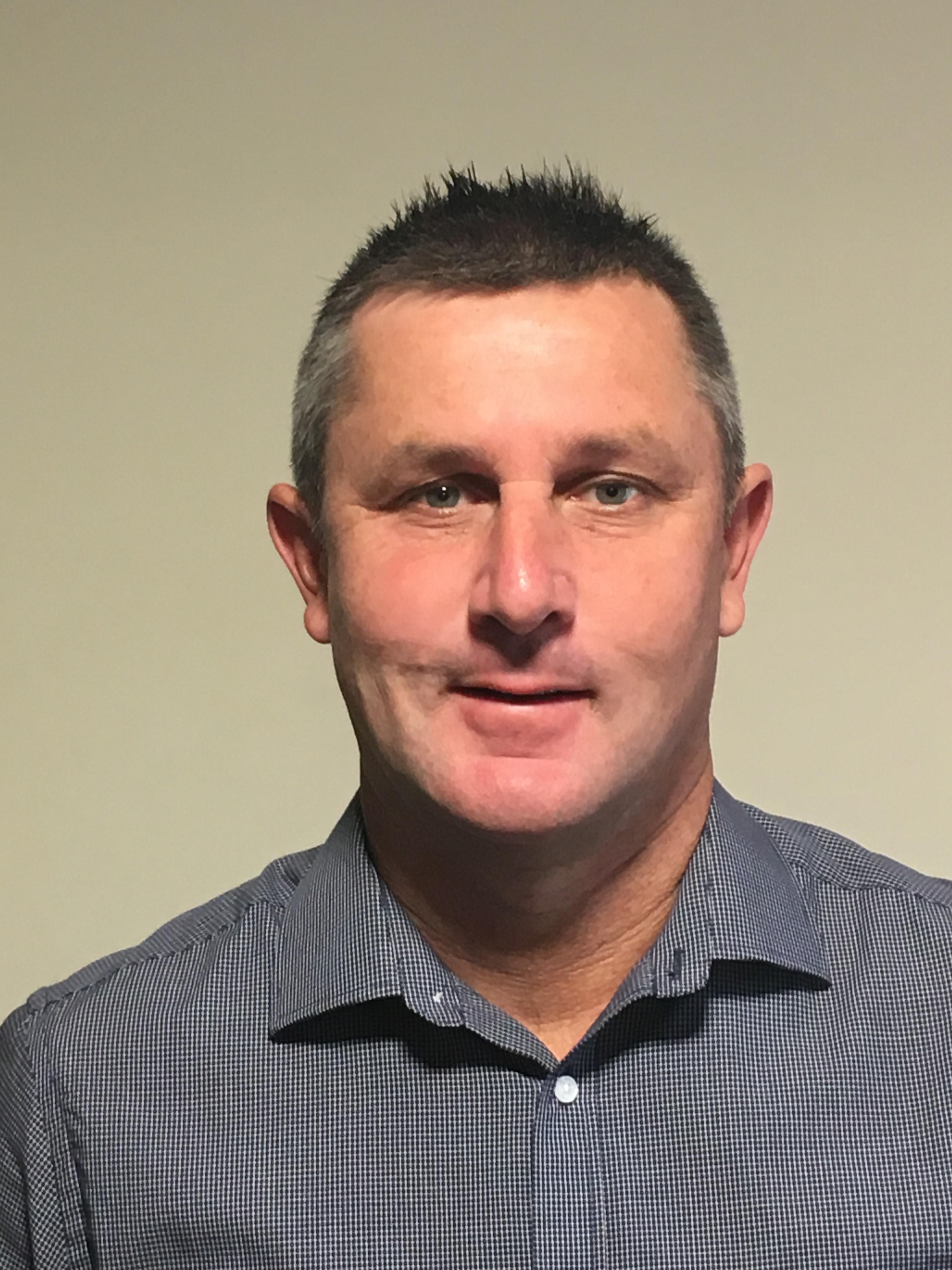 Associate Professor Luke Mosley