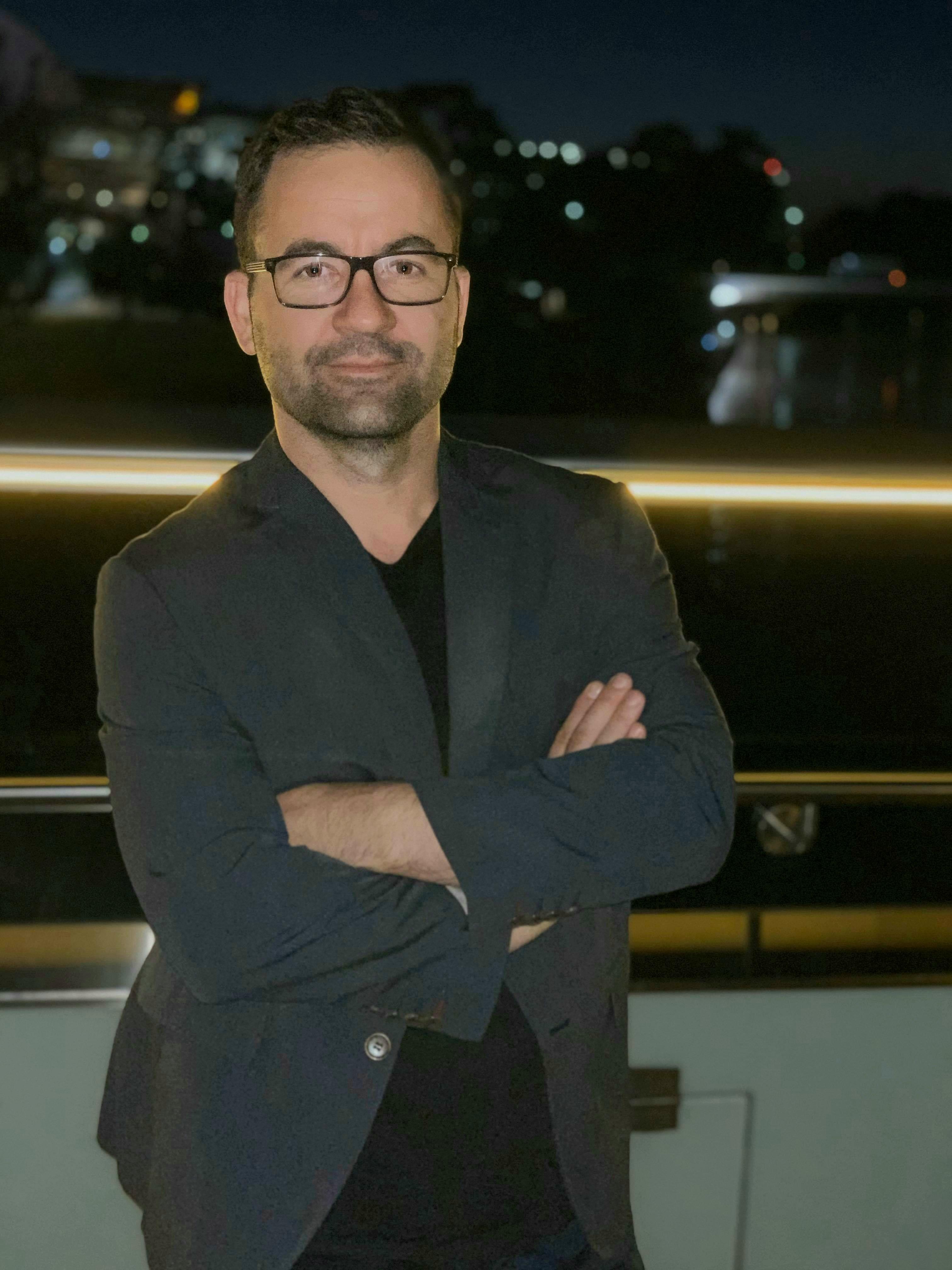 Dr Miftar Ganija
