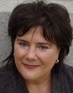 Dr Pamela Lyon
