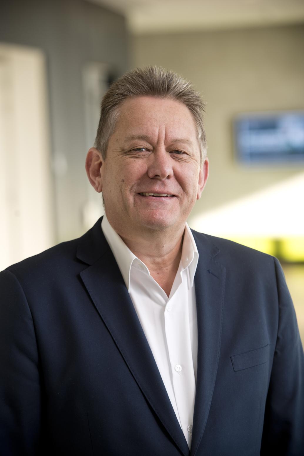 Mr Peter Bardadyn