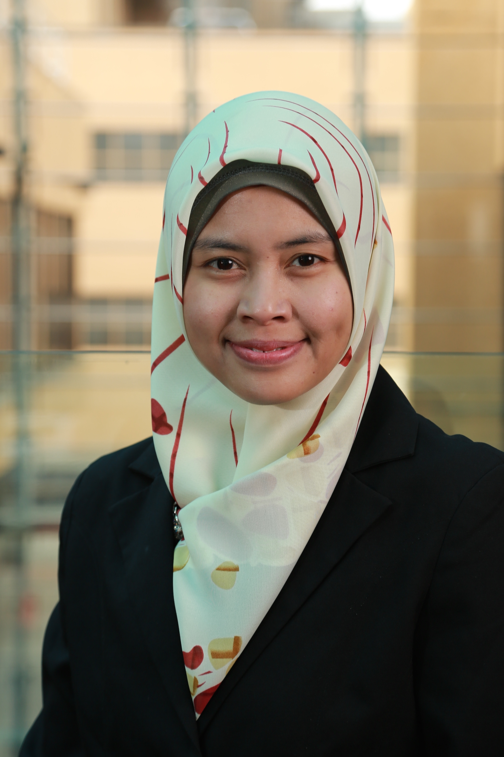 Dr Risti Permani