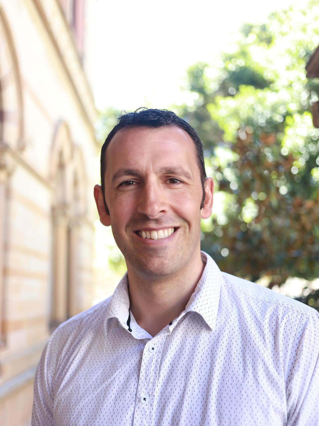 Mr Steve Benson