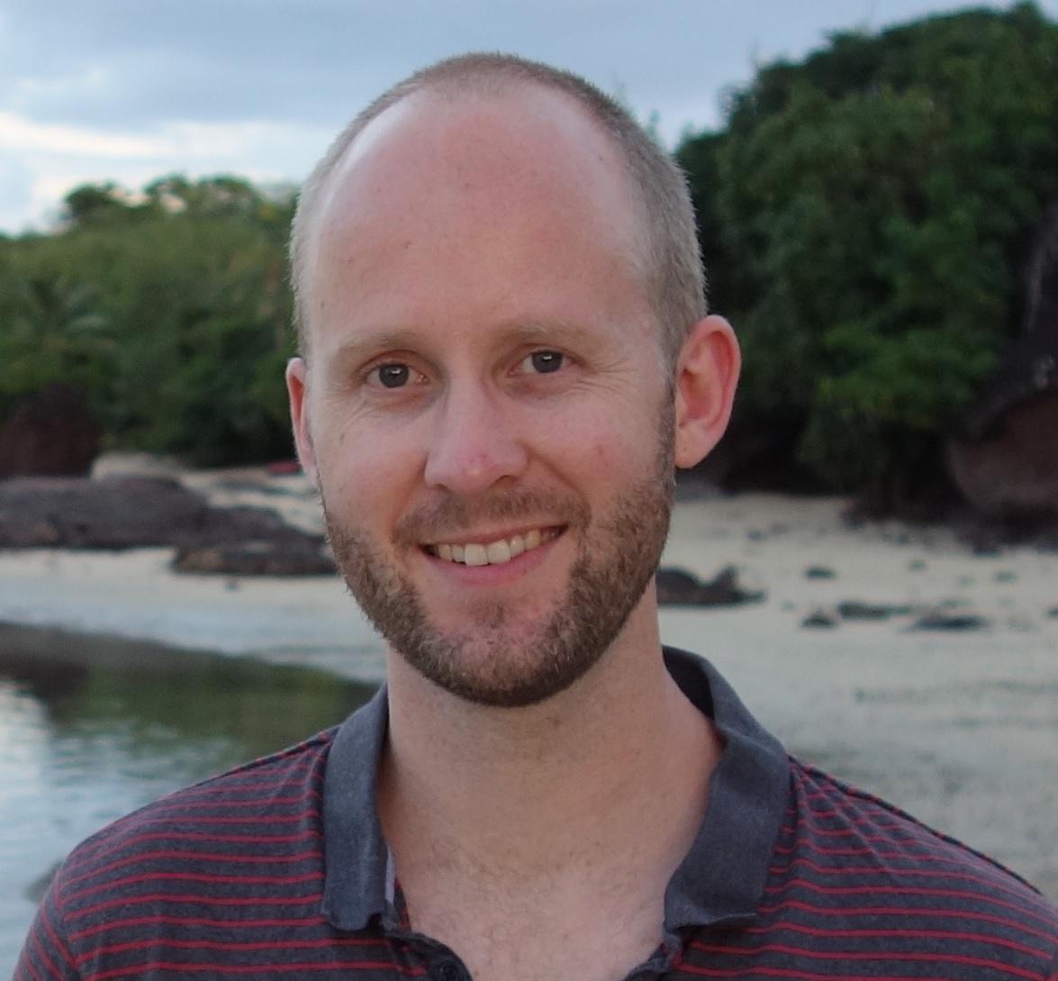 Dr Thomas Sullivan