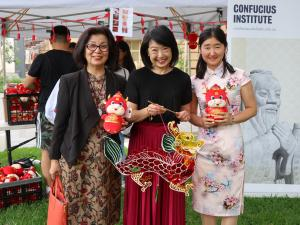 Professor Jacqueline Lo (PVCI) with Dr Ning Zhang and student of the Confucius Institute
