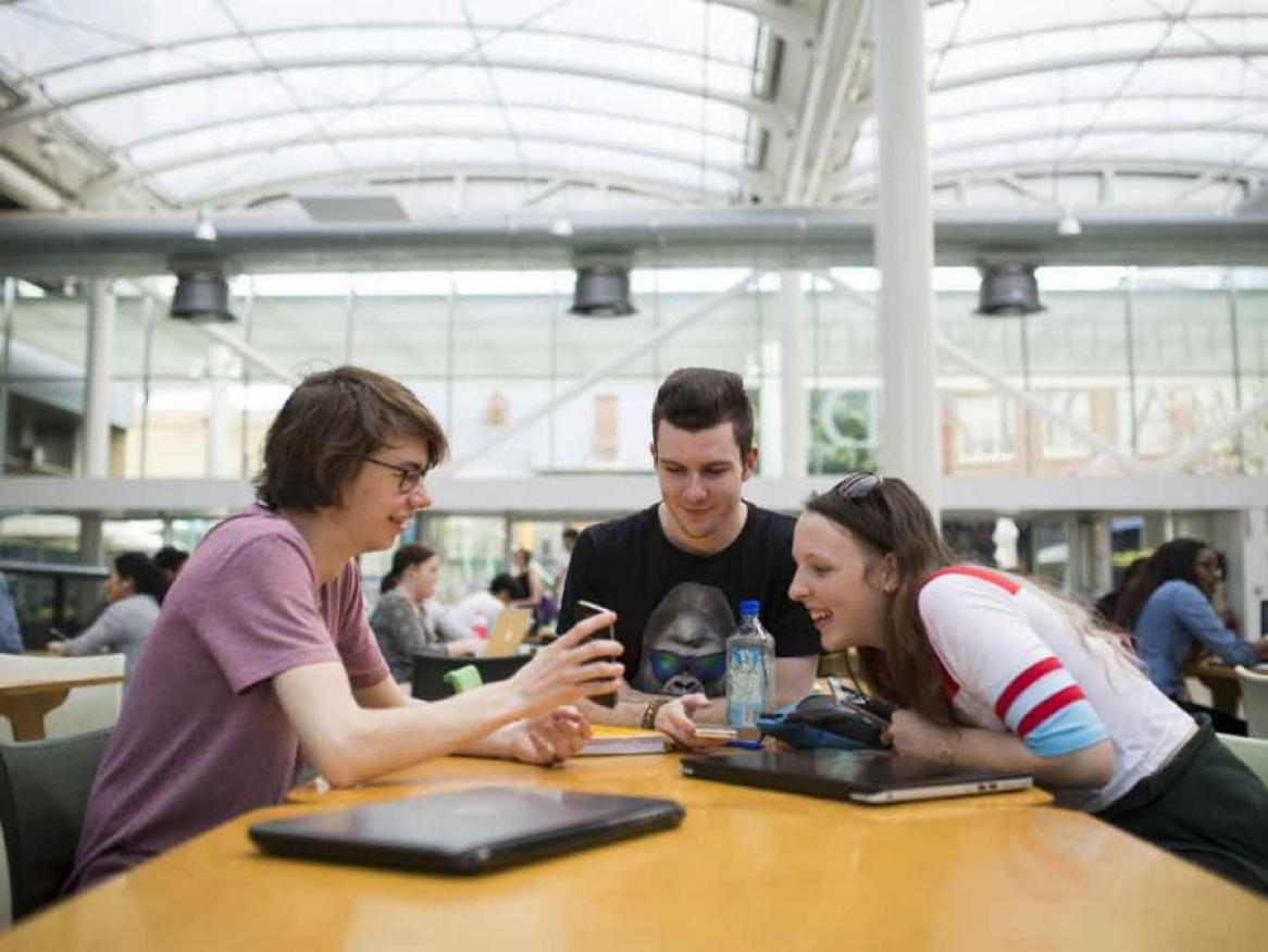 students in Hub Central