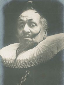 "Herbert Beerbohm Tree as ""Malvolio"", photograph taken from the theatre manuscript collection of Lady Angel Symon, undated."