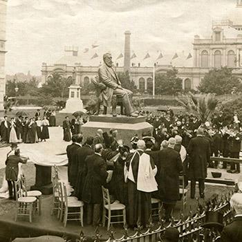 Sir Walter Watson Hughes statue unveiling, 1906