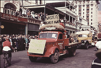 A scene from the 1959 Prosh parade through the streets of Adelaide