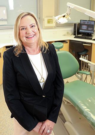 Dr Helen McLean