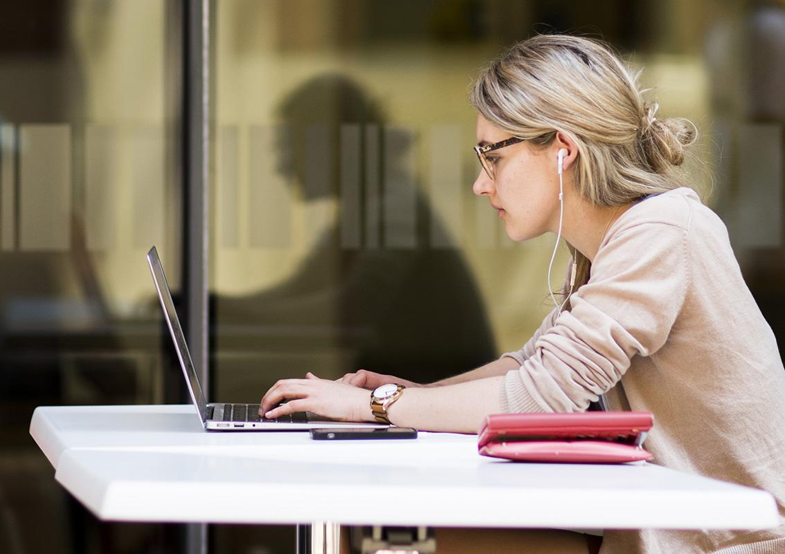 Uni of Adelaide to widen scope of education through online learning | Newsroom | University of Adelaide